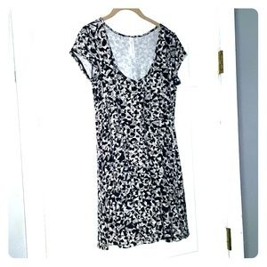 Aeropostale flirty black & white dress NWOT